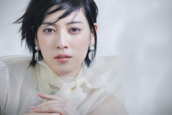 【Photographer 三宮 幹史】MAQUIA 三吉彩花